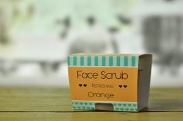 Peeling do twarzy i ust o zapachu pomarańczy 85ml
